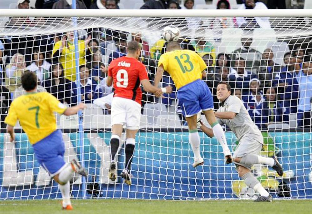 علو كعب منتخب البرازيل على المنتخبات العربية في جميع اللقاءات التي خاضها معها.