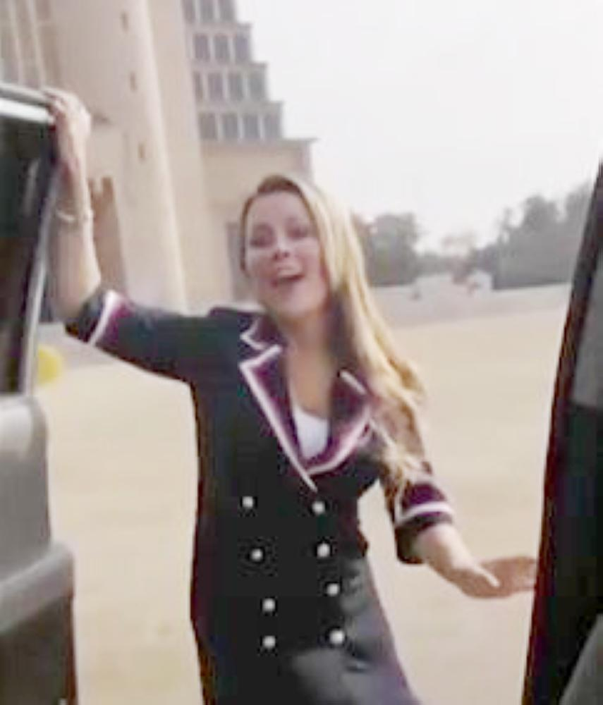 باريغا في مقطع الفيديو.
