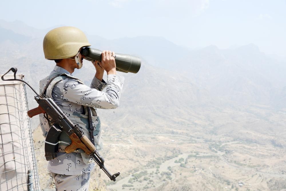 مراقبة دائمة للشريط الحدودي.