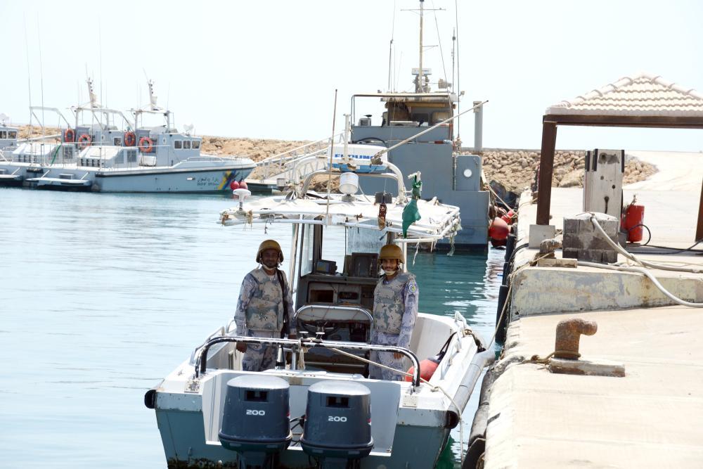 جاهزية لمواجهة العدو في المياه البحرية.