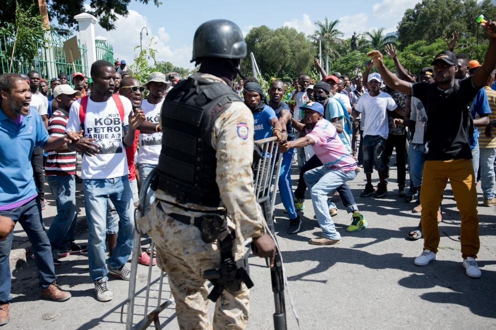مقتل شخص وإصابة عشرات خلال احتجاجات في هايتي
