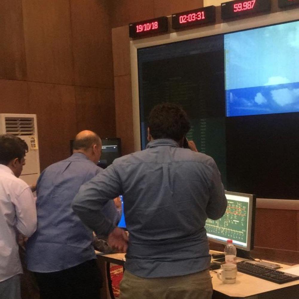 جهود حثيثة لفرق الصيانة في إعادة ما تبقى من انقطاعات في مناطق تأثرت بسبب الأحوال الجوية في شمالي المملكة