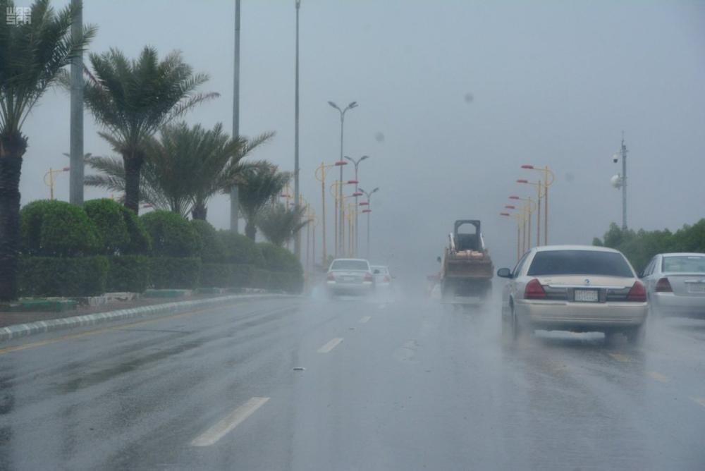 «الأرصاد»: أمطار وسحب رعدية على معظم مناطق المملكة