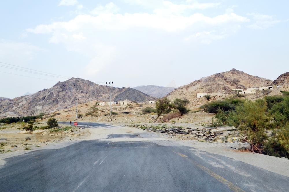 قرى الليث تنتظر التطوير.