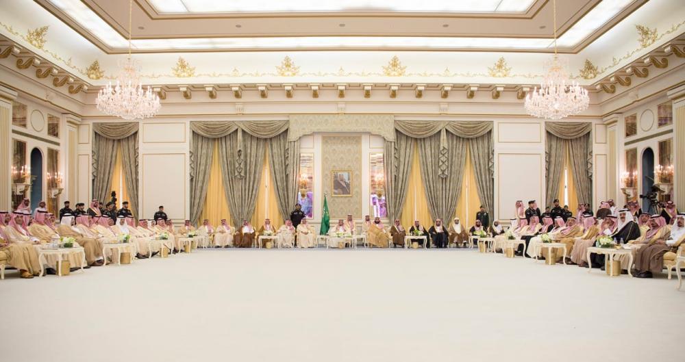 استقبال الملك وولي العهد لأهالي حائل
