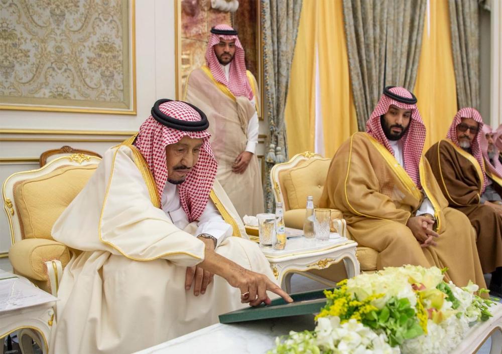 الملك سلمان مدشنا المشاريع