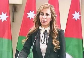 وزيرة الإعلام الناطق الرسمي باسم الحكومة الأردنية جمانة غنيمات.
