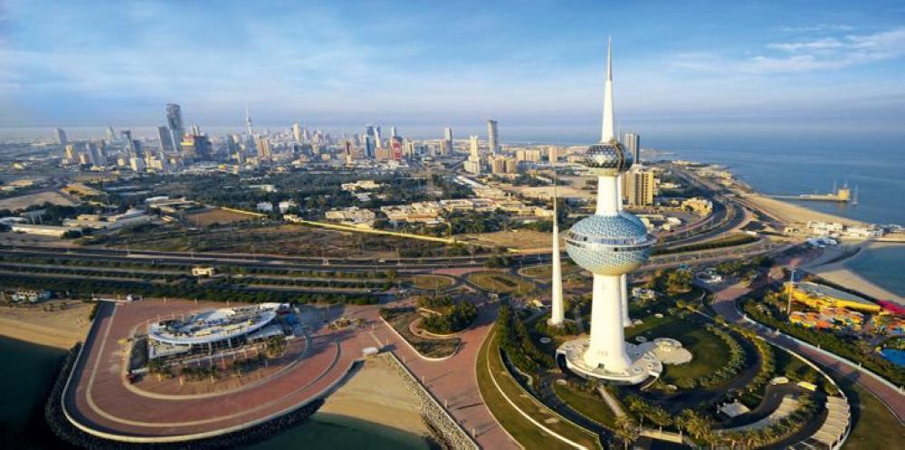 السفارة السعودية في الكويت تهيب بالسعوديين أخذ الحيطة والحذر من تقلبات الطقس