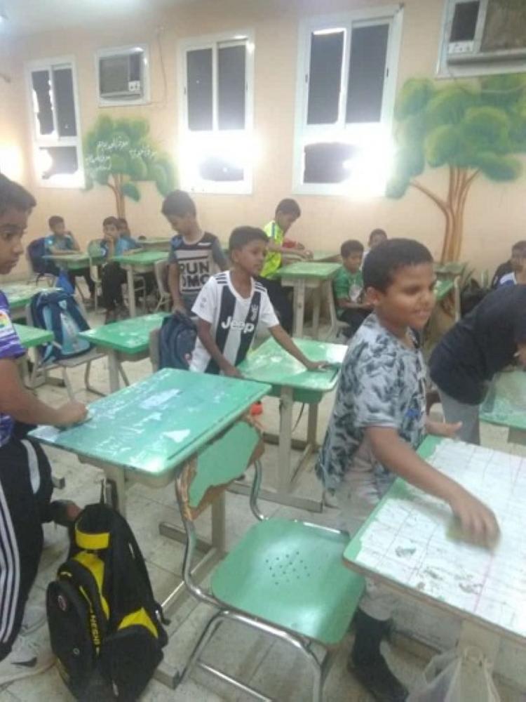 «تعليم بيش» يُدشِّن مبادرة «العناية بالأثاث المدرسي»