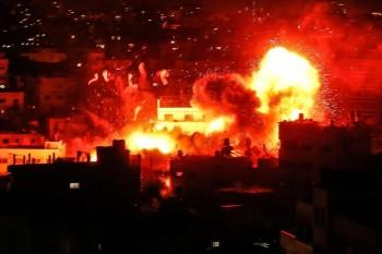 انفجار هائل جراء غارة إسرائيلية في غزة