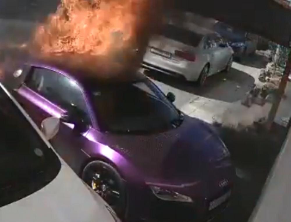 ضبط متنكر بملابس نسائية أحرق سيارة في جدة
