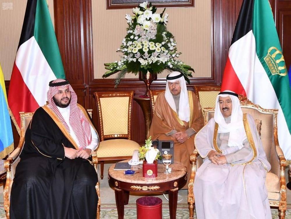 الملك سلمان يبعث رسالة شفوية لأمير دولة الكويت 1077220.jpg