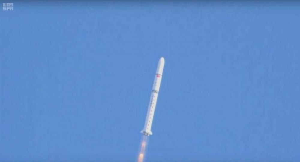 المملكة تطلق بنجاح القمرين الصناعيين «سعودي سات A5 وسعودي سات B5»