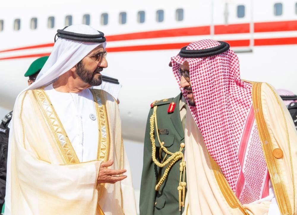 الملك سلمان يستقبل قادة دول مجلس التعاون المشاركين في القمة الخليجية