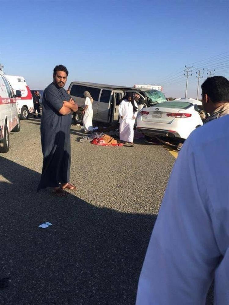 وفاة و 7 إصابات في حادثة تصادم مركبة طالبات بالطائف