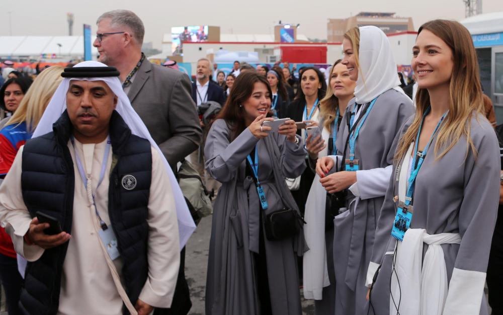 كيف رأى السياح الأجانب السعودية «في المرة الأولى»؟