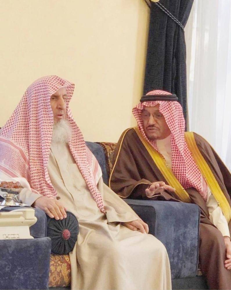 آل الشيخ للمفتي: حريصون على تقديم تعليم مميز وفق الشريعة الإسلامية