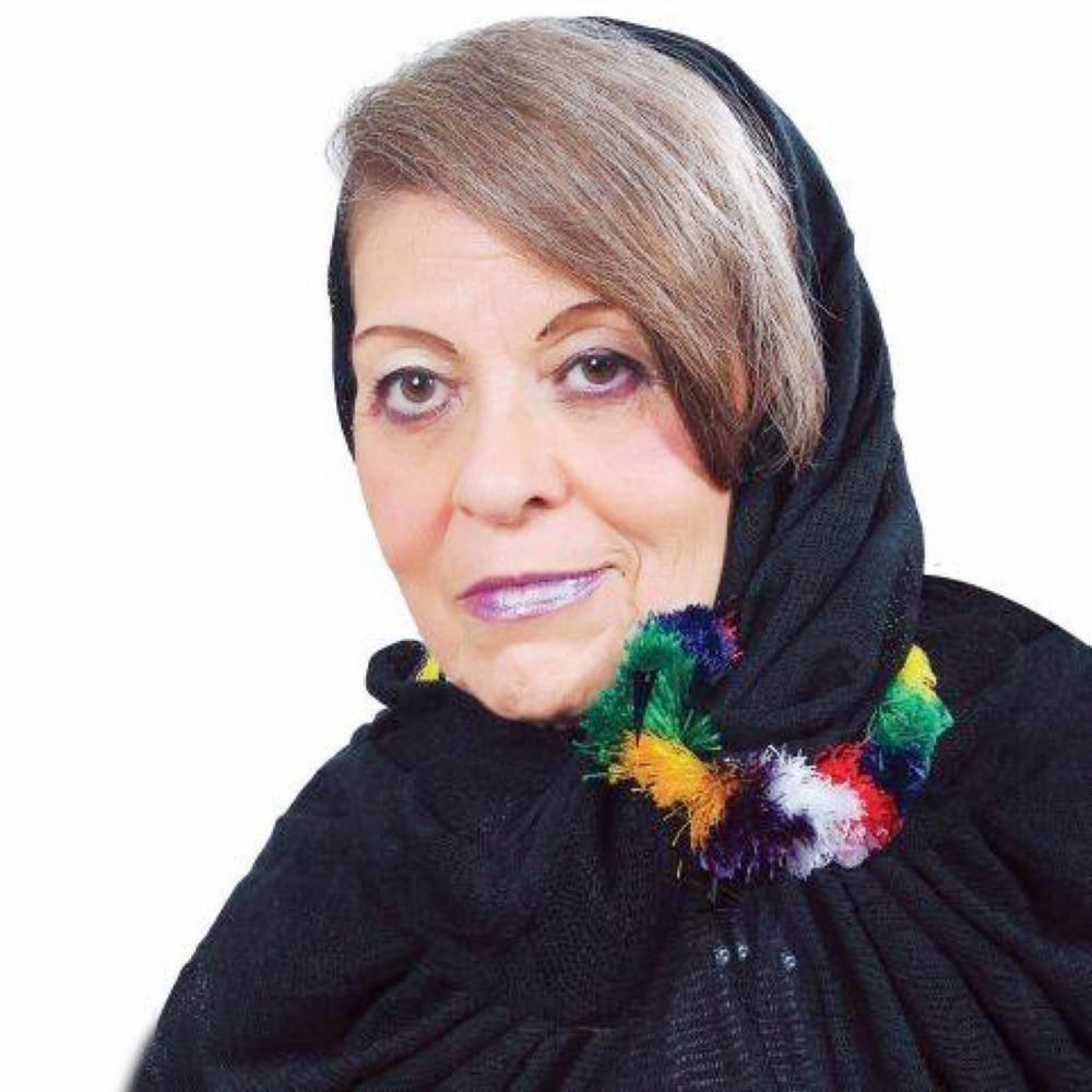 وزير الثقافة يوجه بإطلاق اسم الفنانة التشكيلية منيرة موصلي على إحدى دور العرض في المملكة
