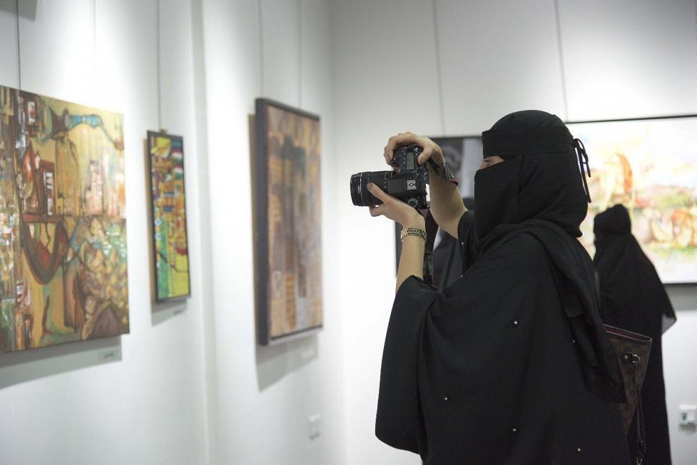 80 عملاً فنياً بمعرض فناني وفنانات الطائف