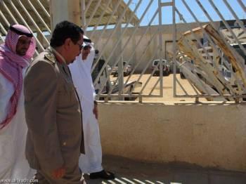 رئيس هيئة حقوق الإنسان بندر العيبان في زيارته لأحد السجون.