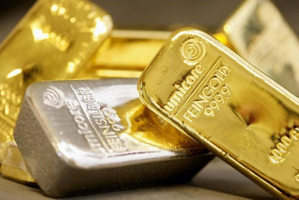 برغم انخفاض أسعار الذهب إلا أنها حافظت على مستوياتها أعلى 1300 دولار.