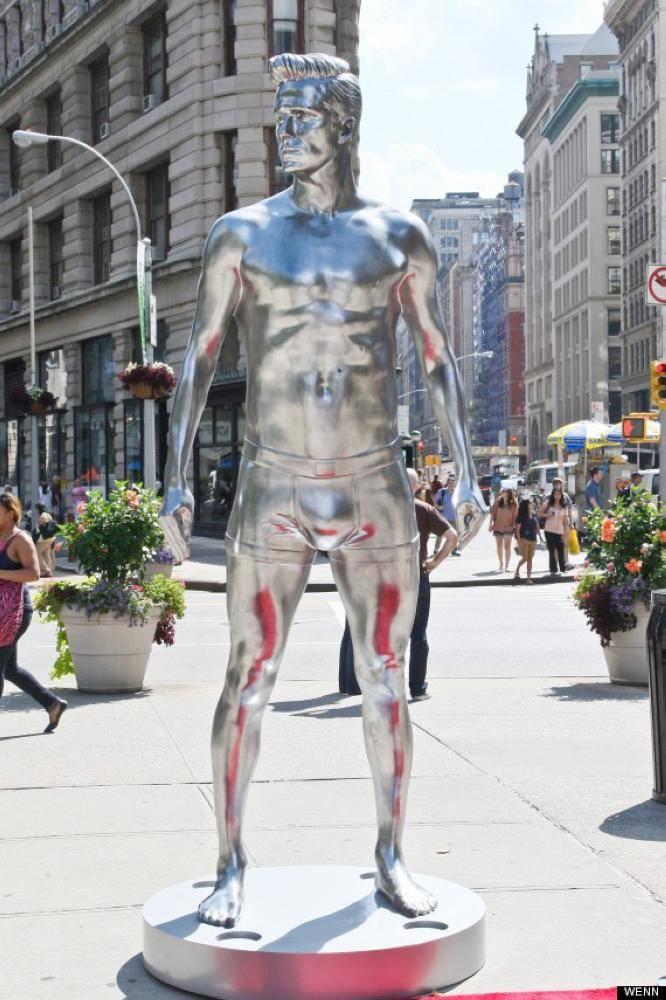 تمثال بيكهام