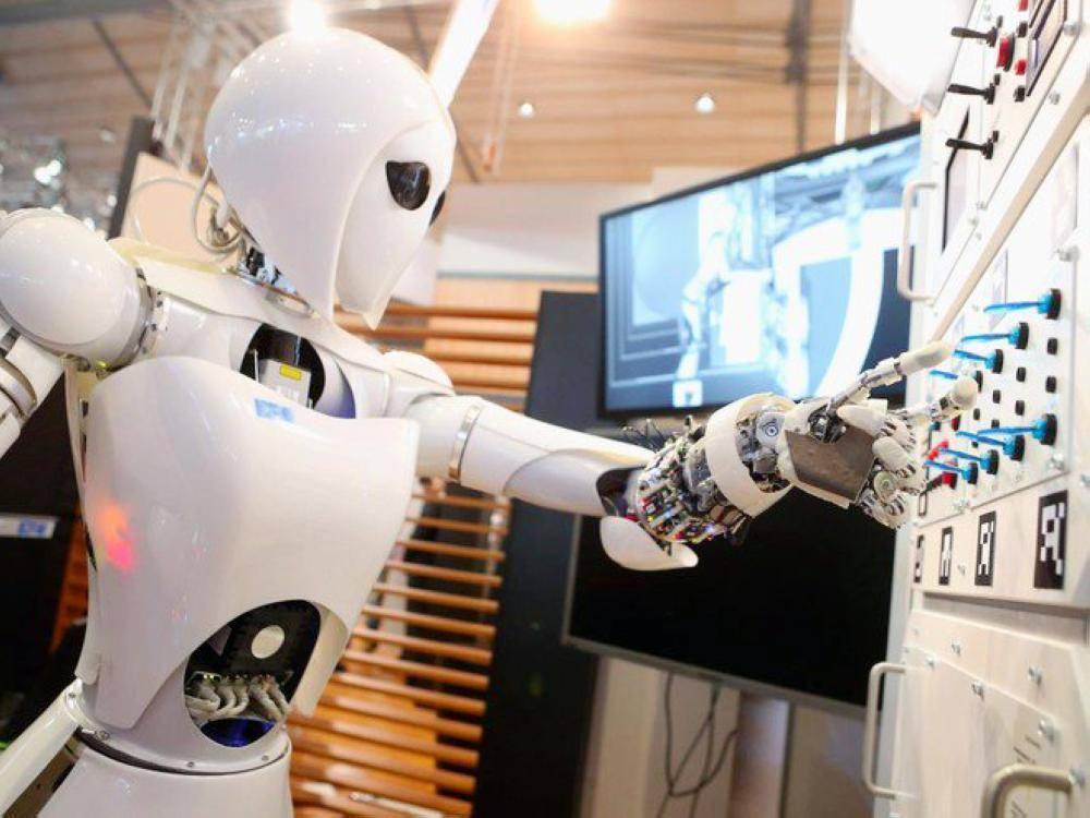 تعاون بين فرنسا والإمارات في مجال الذكاء الاصطناعي
