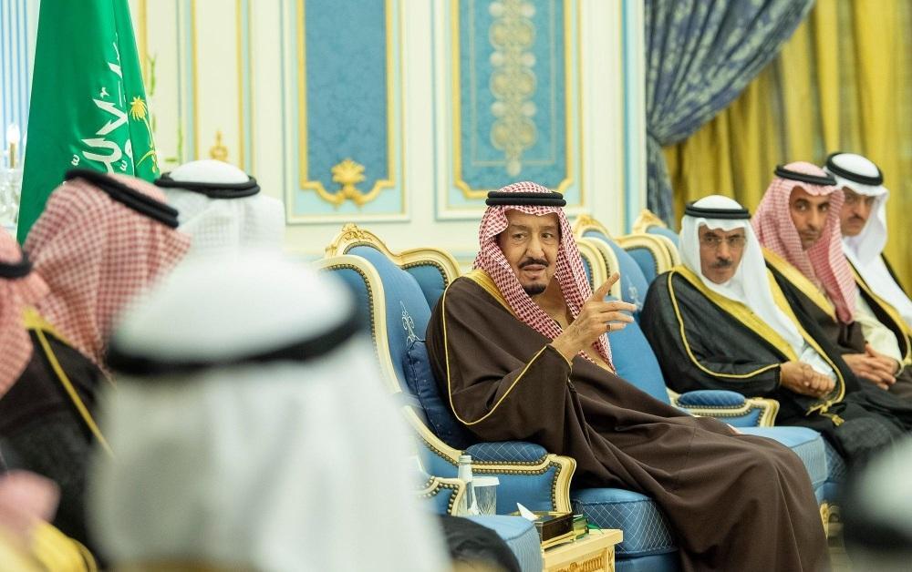 الملك سلمان لمسؤولي الجهات الرقابية: جهودكم مهمة لمكافحة الفساد