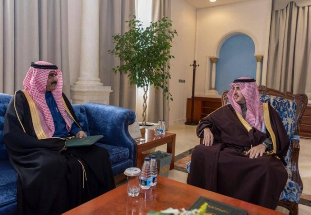 أمير الجوف يستقبل مدير عام فرع الخدمة المدنية بمناسبة تكليفه
