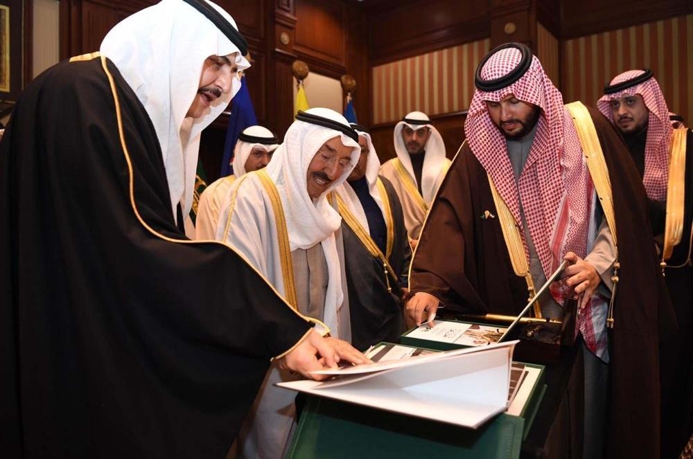 أمير الكويت: مآثر ومواقف الملك فهد تجسدت في أصعب المحن على بلادنا