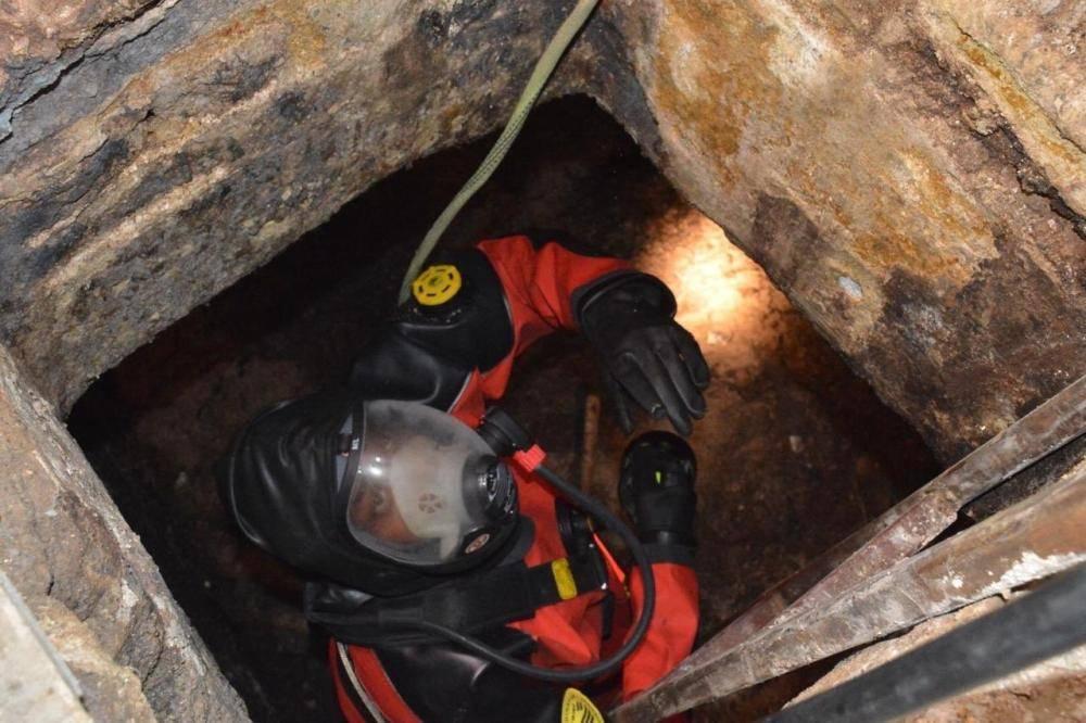 وفاة عامل اختناقاً داخل خزان صرف صحي في جدة