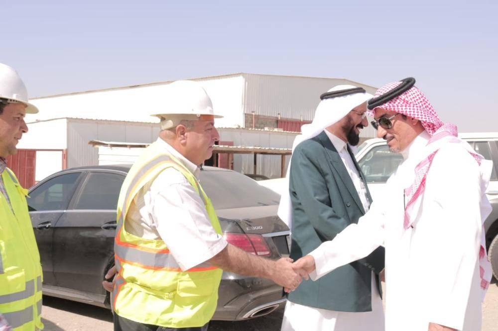 ابن مشيط يتفقد سير أعمال مشروع المستشفى المركزي بالمحافظة