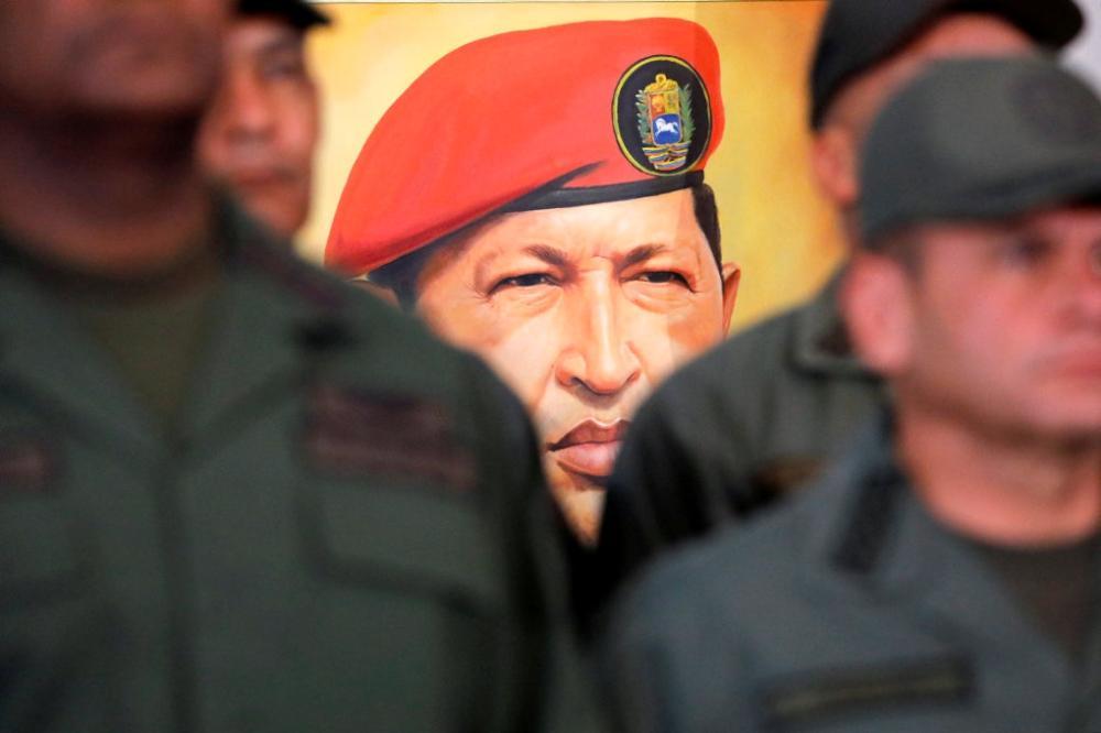 الجيش الفنزويلي «في حالة تأهب» لمواجهة أي خرق للحدود