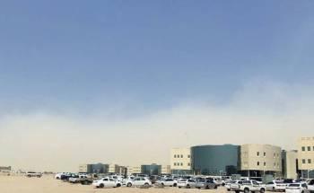 موجة غبار تخيم على أجواء نجران.