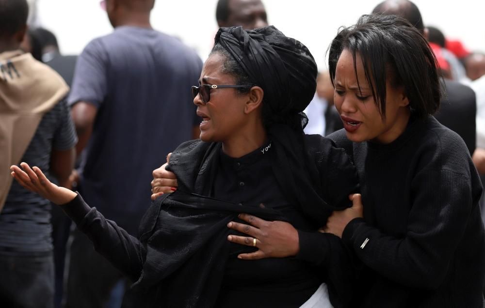 غضب بين عائلات ضحايا الطائرة الإثيوبية المنكوبة من تأخر المعلومات