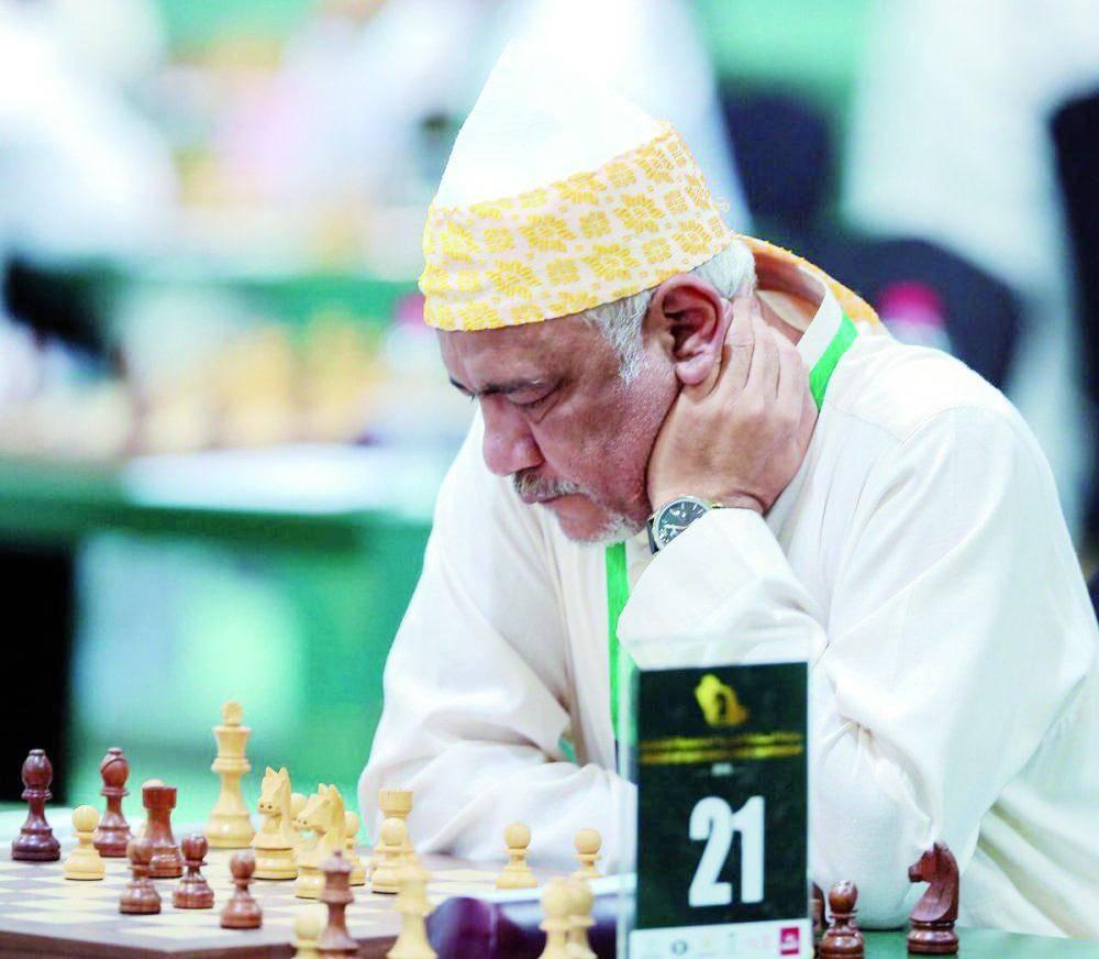 200 محترف يتنافسون على «شطرنج» حائل
