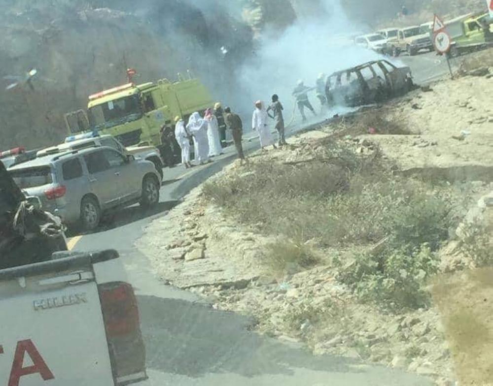 بعد حادثة الأمواه.. احتراق سيارة تقل 7 معلمات في الداير