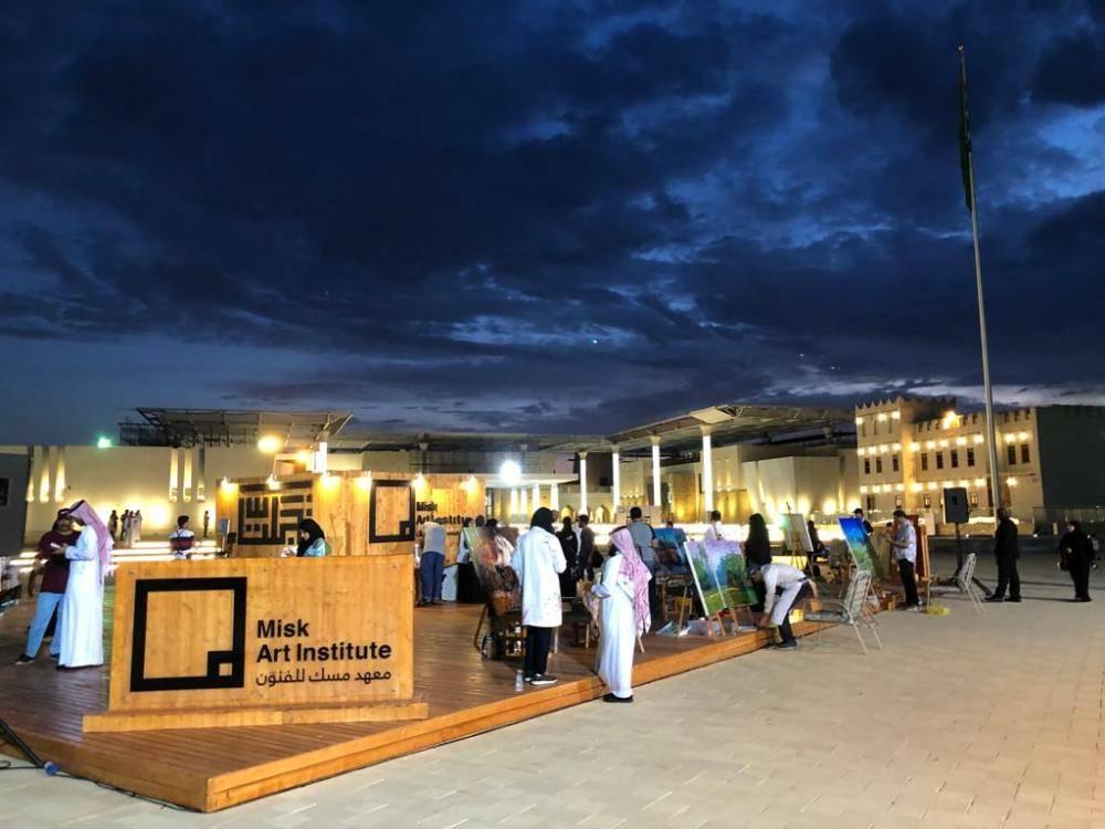 معهد مسك للفنون ينفذ مبادرة «تجلت» في مشروع وسط العوامية بالقطيف