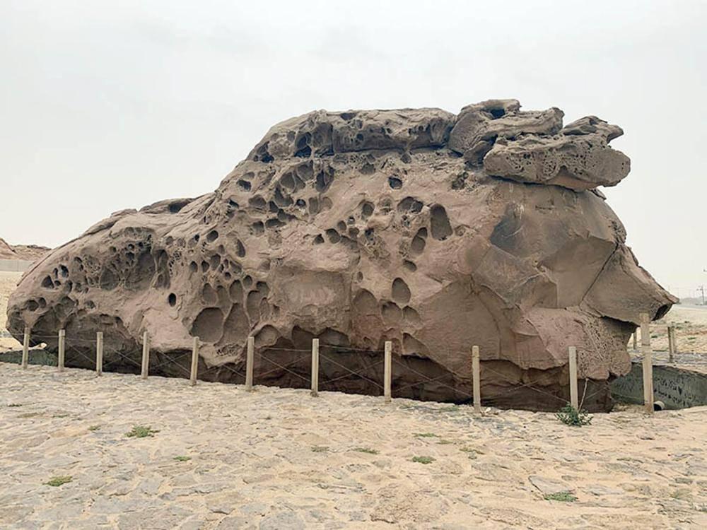 عودة البهاء لصخرة الفارس العربي.
