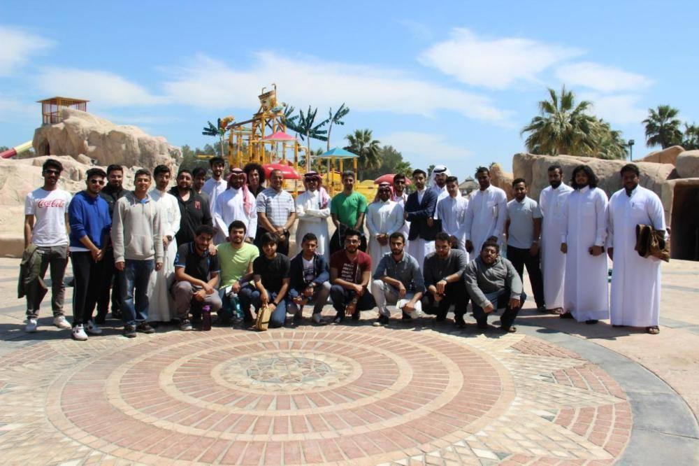 35 طالبا من عمارة جامعة الإمام عبدالرحمن يطلعون على التجارب الناجحة في منتجعات الخبر