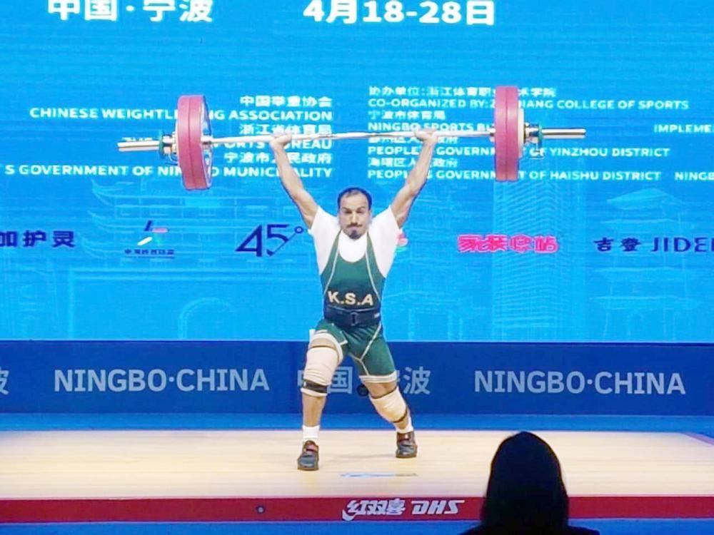 الرباع السعودي منصور آل سليم أثناء مشاركته في البطولة الآسيوية المقامة في مدينة نينغبو الصينية.