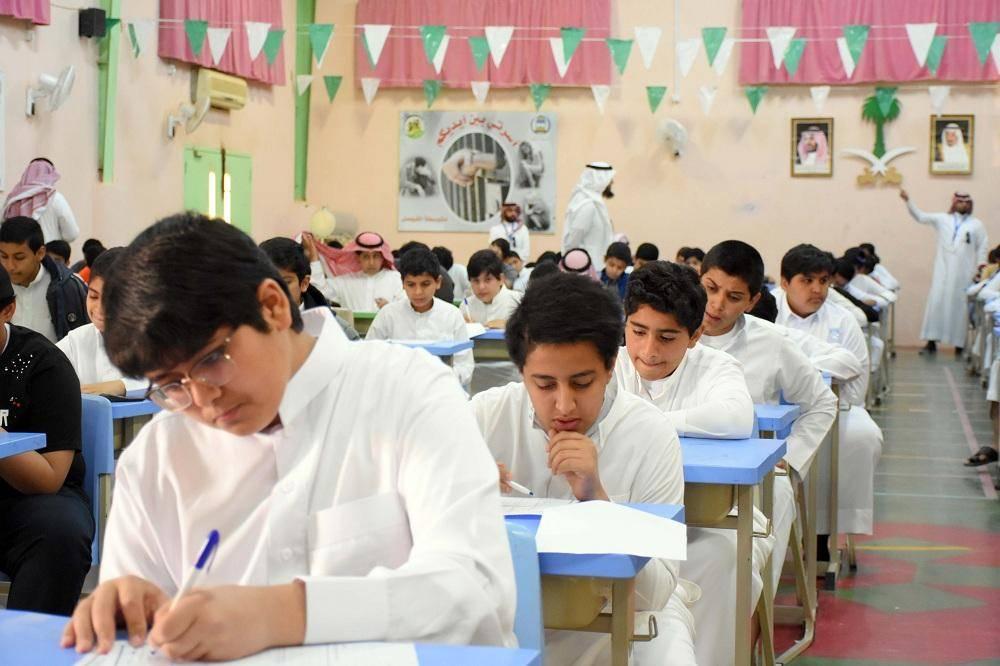 38 ألف طالب وطالبة يؤدون الاختبارات في مدارس منطقة الجوف