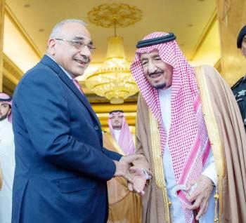 خادم الحرمين خلال استقباله رئيس الوزراء العراقي عادل عبدالمهدي أخيرا.