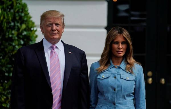 U.S. Presidet Donald Trump and first lady Melania Trump attend the 2019 White House Easter Egg Roll on the South Lawn of the White House in Washington, U.S., April 22, 2019.   REUTERS/Al Drago