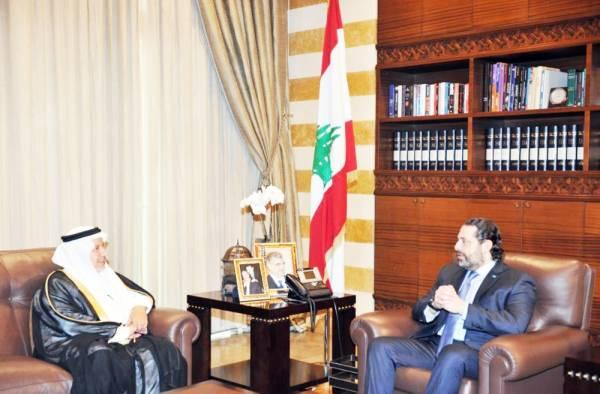 رئيس الوزراء اللبناني مستقبلا الربيعة في بيروت أمس. (واس)