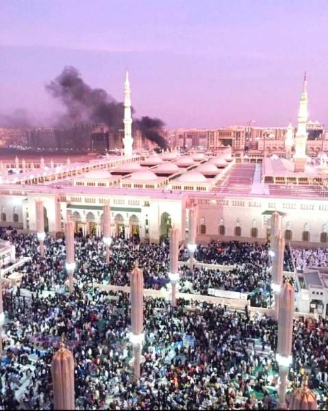 الإرهاب الأعمى سبق أن حاول تدنيس المسجد النبوي الشريف بتفجيرات لقتل المصلين. (أرشيفية عكاظ)