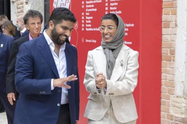 وزير الثقافة يفتتح مشاركة السعودية في بينالي البندقية