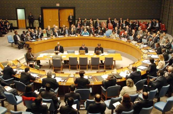 السعودية تبلّغ مجلس الأمن بمسؤولية المليشيات الحوثية المدعومة من إيران، عن الاعتداء على محطتي النفط.