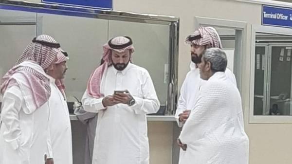رغم عرقلة الدوحة.. وصول أول دفعة من المعتمرين القطريين إلى السعودية