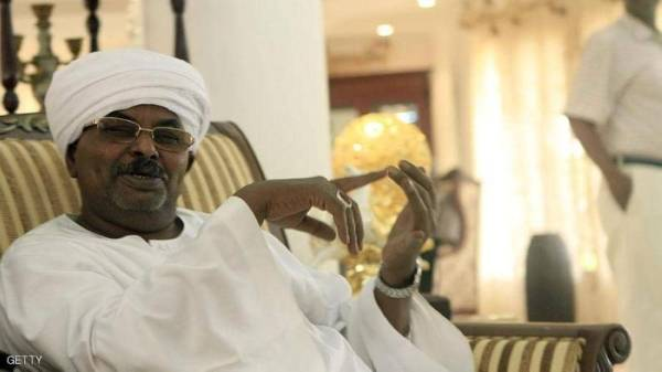 السودان: حراس قوش يمنعون القبض عليه